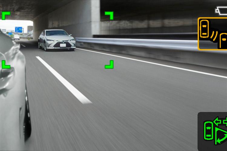 2019 Lexus ES Digital Side Mirror Screen