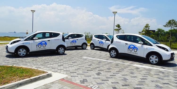 Bluesg 100th Stations Cars