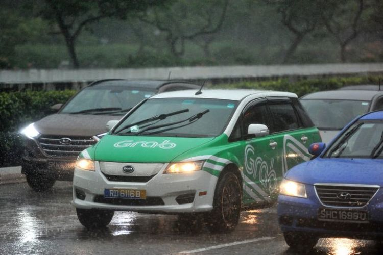 GrabCar Raining