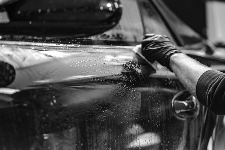 Motorist Shiokr Waterless Car Wash Benefits