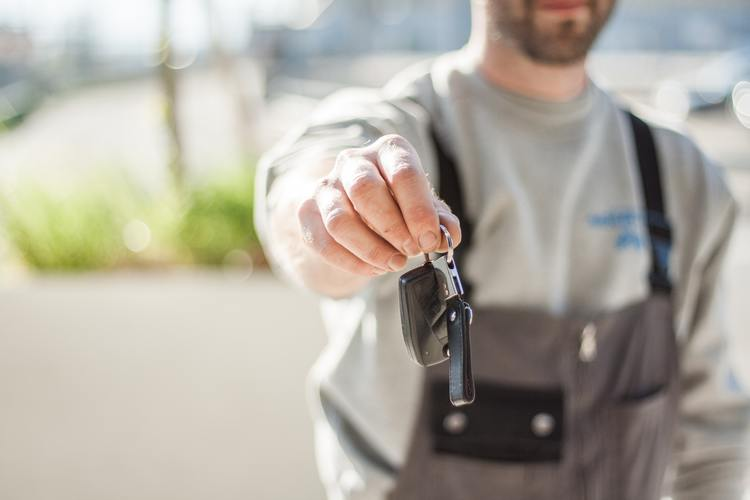 4 Questions You Need to Ask Your Car Dealer