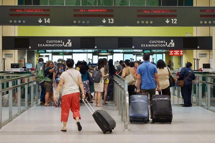Singapore immigration immigrants