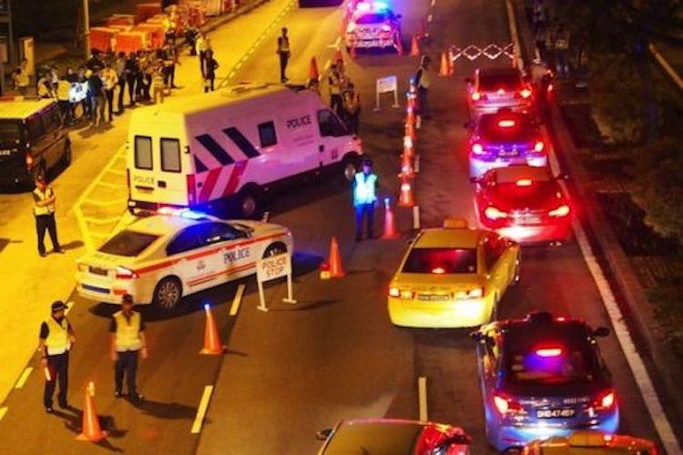 traffic police tp road block singapore