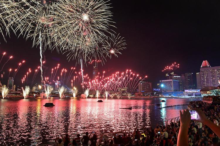 10 Locations in Singapore to See the NDP 2019 Fireworks